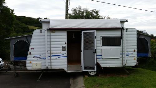 Windsor Rapid Caravan Suit Family/Couples- Kiama